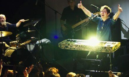 Pianoбой виступить в одній зі шкіл України на останньому дзвонику