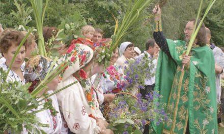 Розклад богослужінь на Трійцю у храмах Сихівського району