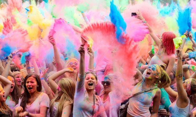 Сьогодні на площі Довженка відбудеться Фестиваль фарб Holi Fest
