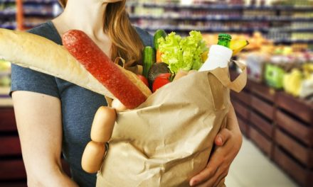 Львівські супермаркети зобов'язали пропонувати альтернативу поліетиленовим пакетам