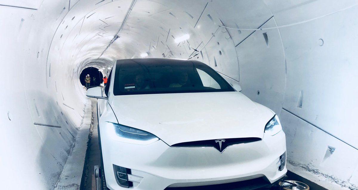 Маск відкрив швидкісний тунель під Лос-Анджелесом