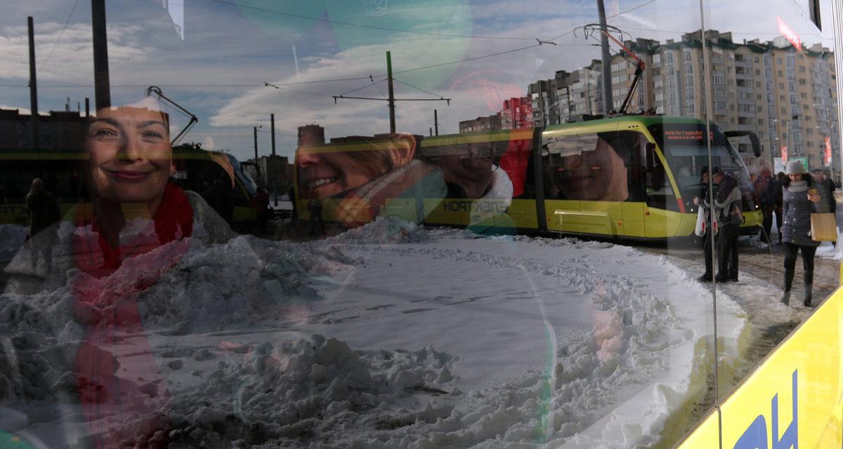 Як курсуватиме трамвай № 8 у новорічну ніч. Розклад
