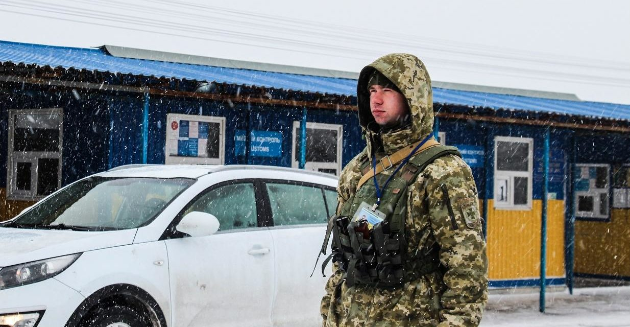 Україна продовжила обмеження в'їзду чоловікам-росіянам від 16 до 60 років