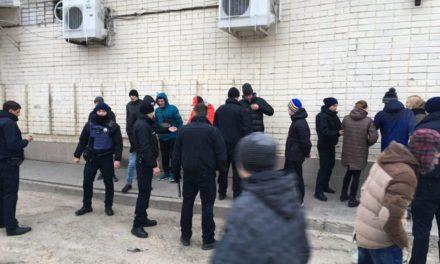 Після масової бійки на Сихові поліція затримала двох молодиків