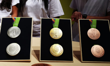 Медалі для Олімпійських ігор виготовлять з електронного сміття