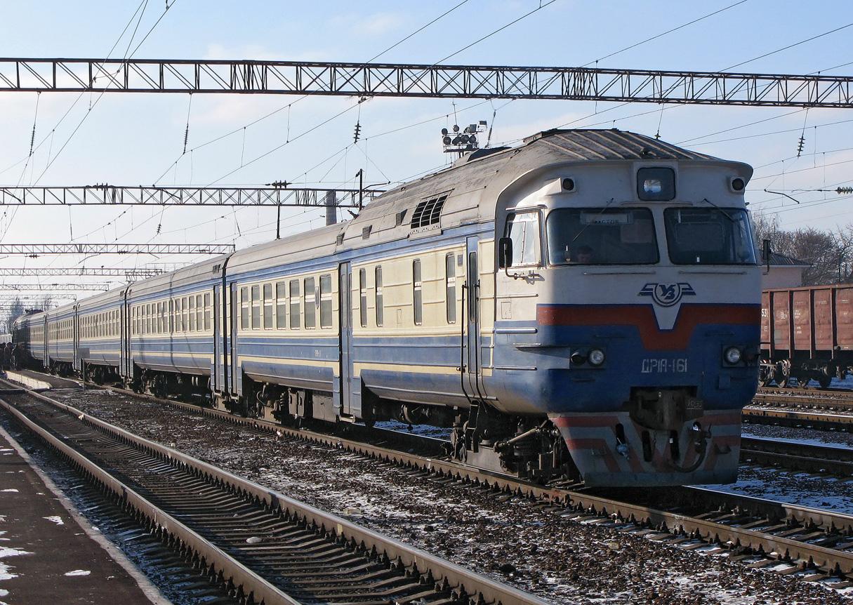 На час реконструкції Двірцевої частина поїздів зупинятиметься на Сихові