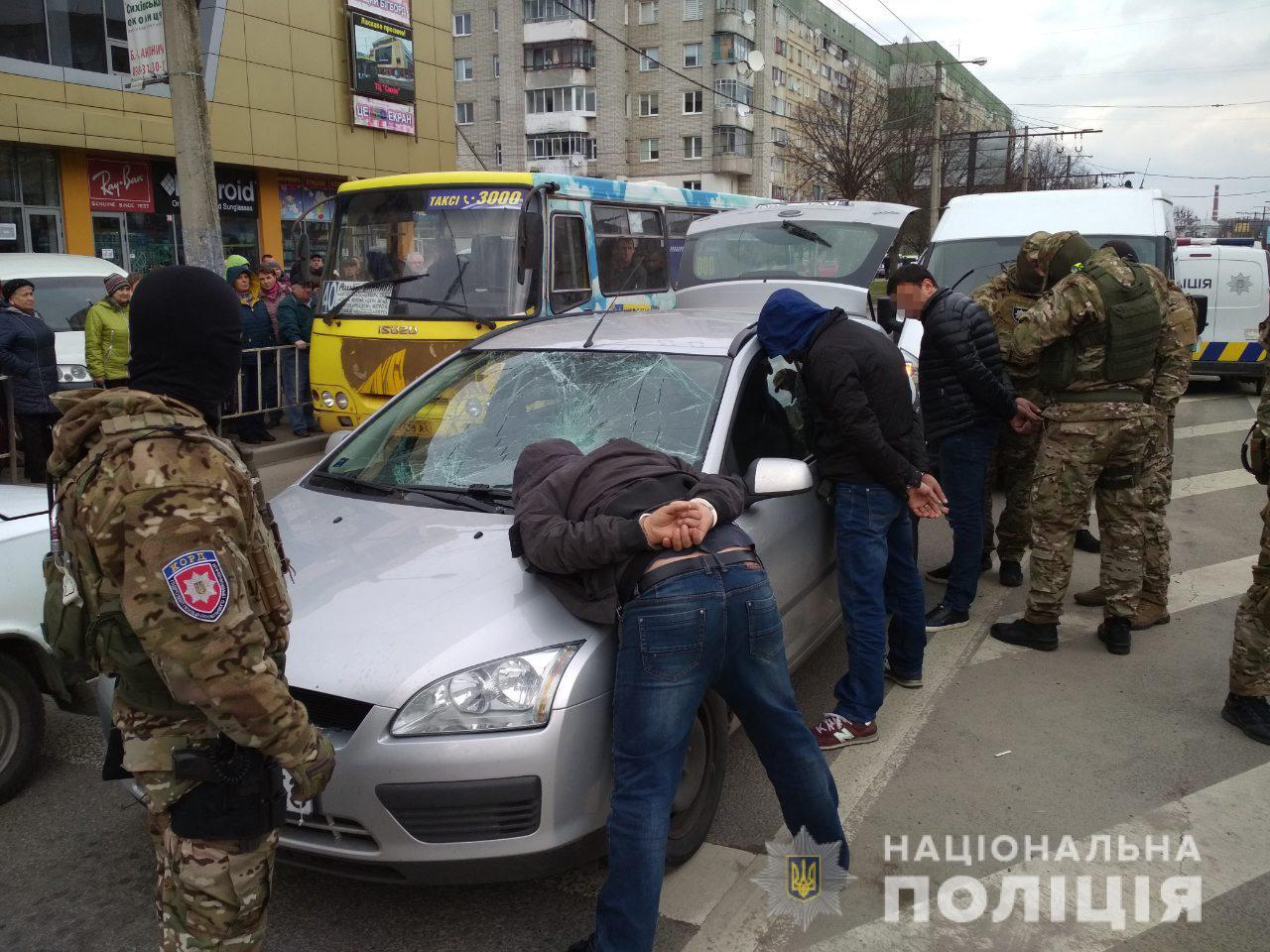 У поліції розповіли деталі спецоперації на Сихові
