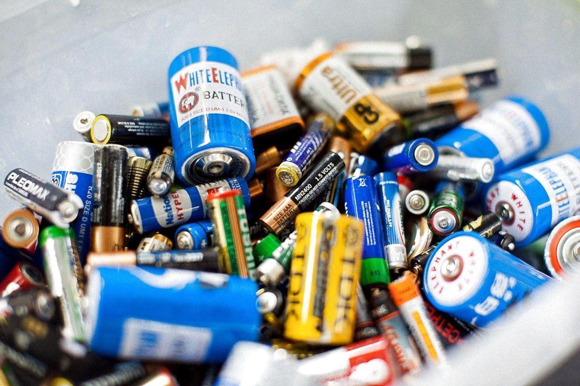 Де шукати екобус для збору батарейок у квітні. Графік