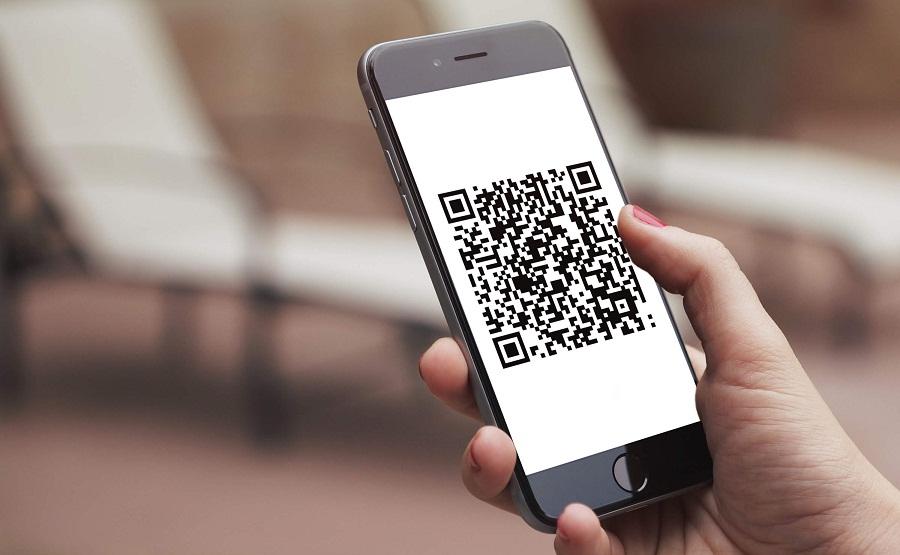 «ПриватБанк» запускає оплату покупок в магазинах через QR-код