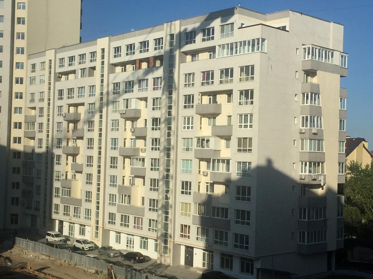 Забудовника просять призупинити будівельні роботи на Тернопільській