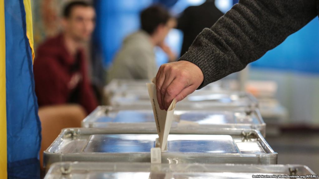 Хто лідирує на 115 виборчому окрузі. Перші дані ЦВК