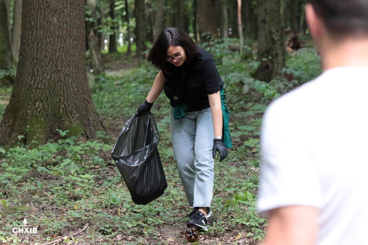 Прибирання парку, Сихів, 27 липня 2019
