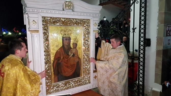У церкву Різдва Пресвятої Богородиці привезуть із Зарваниці ікону Божої Матері