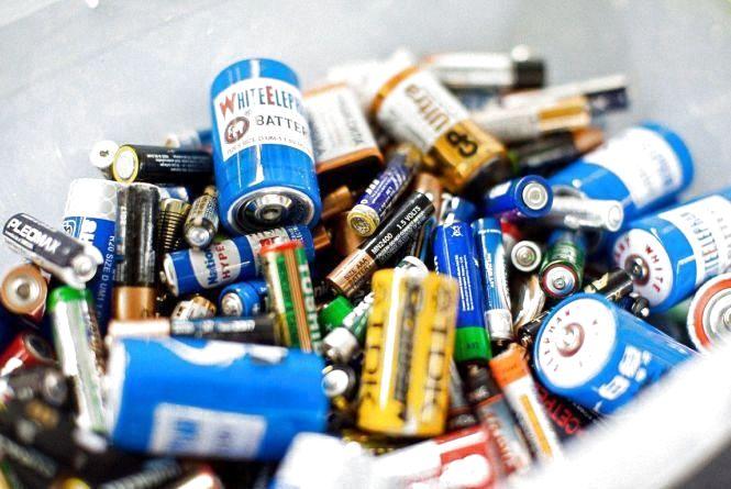 Де шукати екобус для збору батарейок в листопаді. Графік