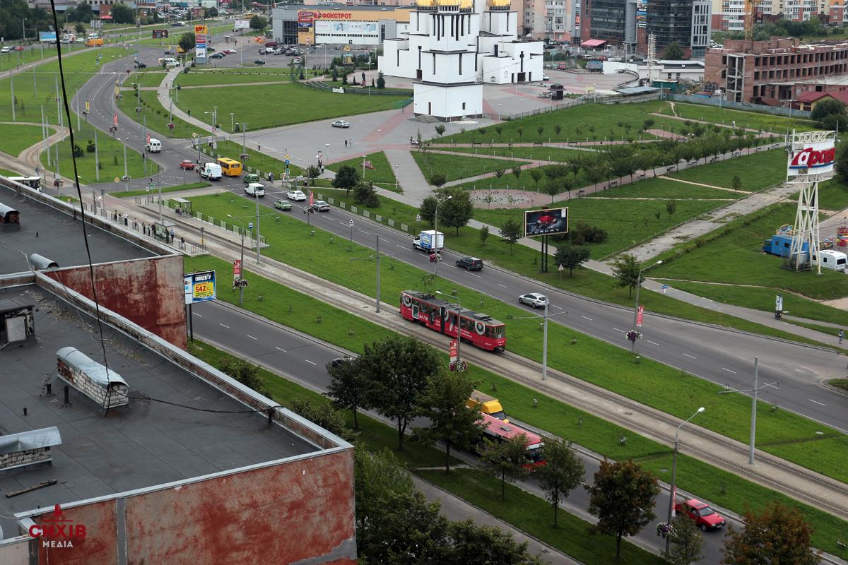 Львів'яни просять розширити проспект Червоної Калини