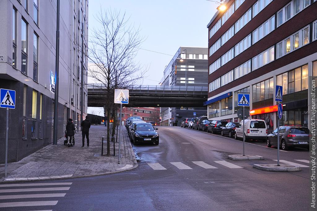 Прогулянка сучасним районом Стокгольма