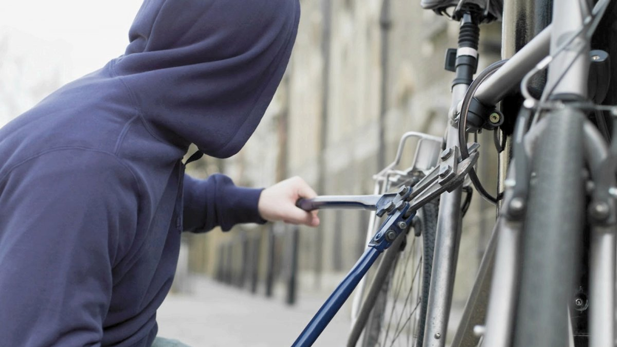 Слідчі заарештували злодія, який крав велосипеди на Сихові
