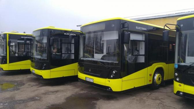 Мерія планує закупити 100 нових автобусів та 10 трамваїв