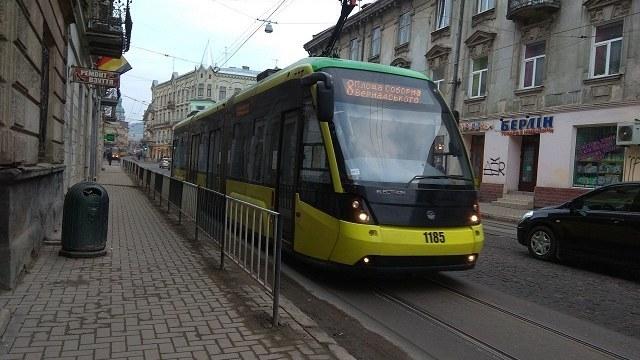Львів'янка створила петицію для пришвидшення руху трамваю №8