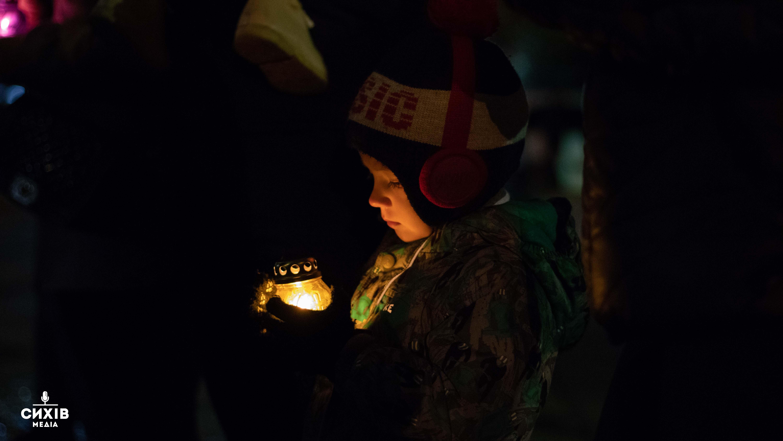 Сихівчани вшанували пам'ять Героїв Небесної Сотні (фоторепортаж)