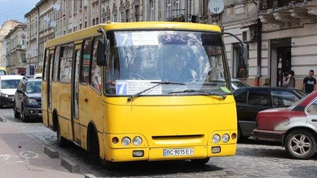 Львів'ян кличуть на слухання щодо підвищення вартості проїзду у громадському транспорті