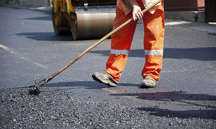 На Сихові відремонтують дорогу на 34 вулицях