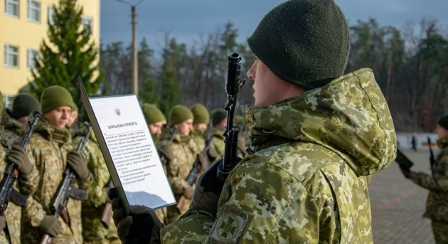 До армії знов призиватимуть з 18 років