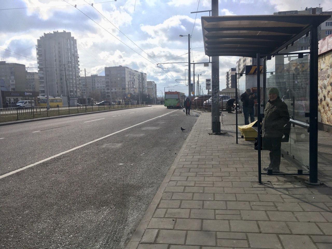 У Львові мають уніфікувати зупинки громадського транспорту