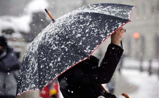 Мокрий сніг та хуртовина. Синоптики прогнозують погіршення погодних умов