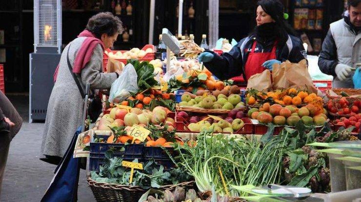 У Львові відновлять роботу продовольчі ринки