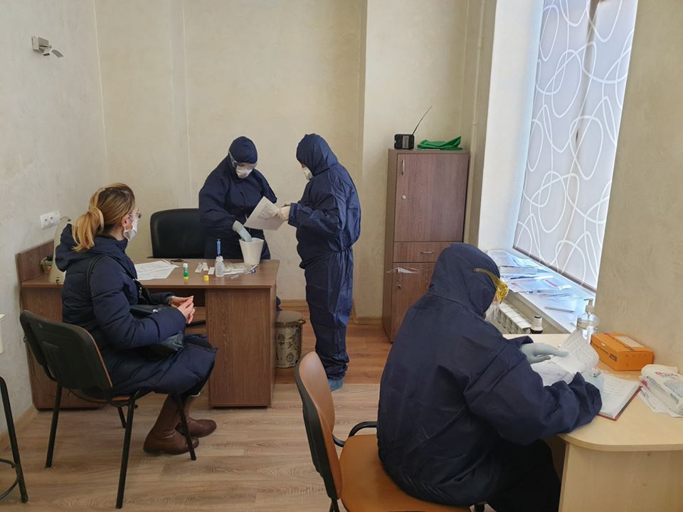 Шувар проводить масове тестування своїх працівників на коронавірус