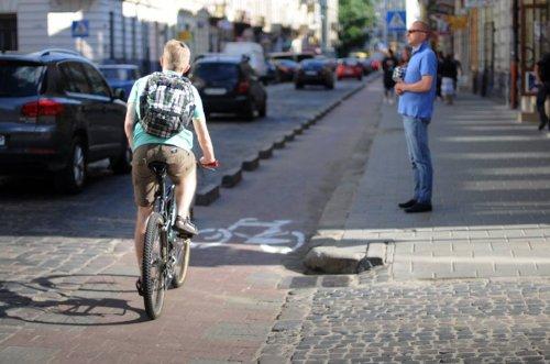 У Львові почастішали ДТП з велосипедистами