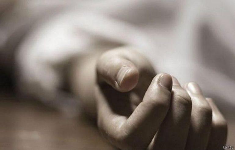 На Сихові знайшли тіло жінки, яка померла у власній квартирі