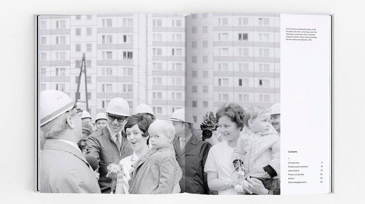 У Польщі випустили книгу-конструктор про радянські панельки (фото)