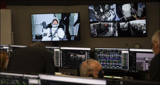 Сьогодні відбудеться історичний запуск приватної ракети у космос