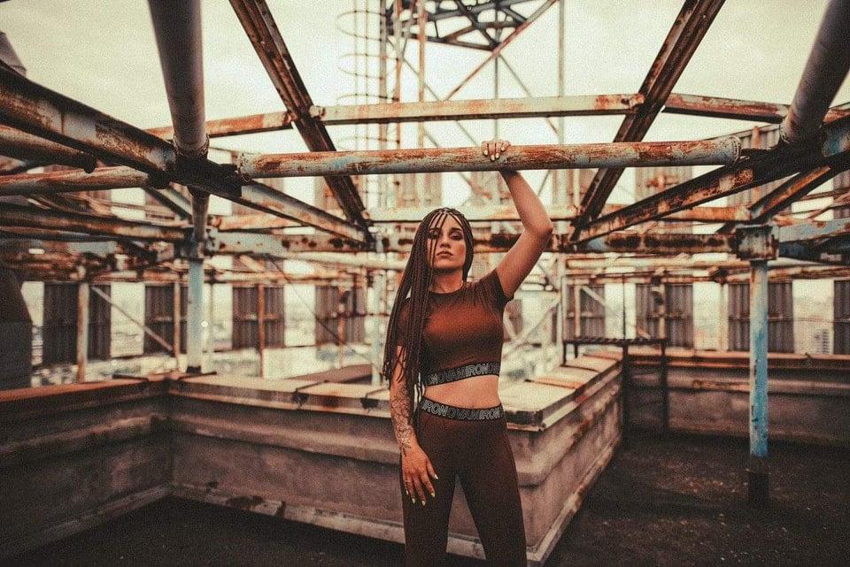 Señorita українського музичного простору IKSTINA презентує пісню