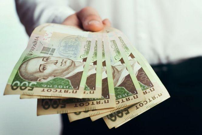 Уряд надаватиме фінансову допомогу малозабезпеченим сім'ям на відкриття бізнесу