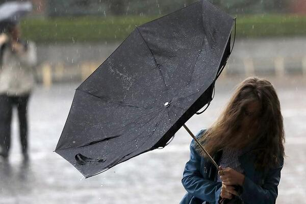 На Львівщині знову оголосили штормове попередження