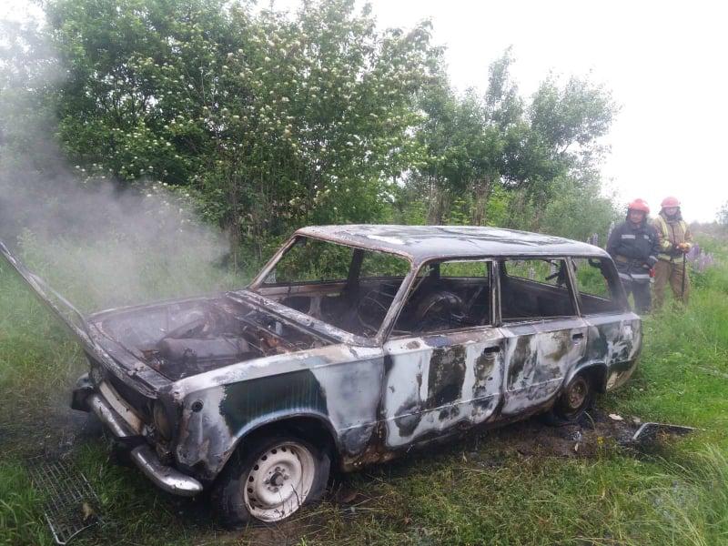 У Пасіках-Зубрицьких згорів автомобіль