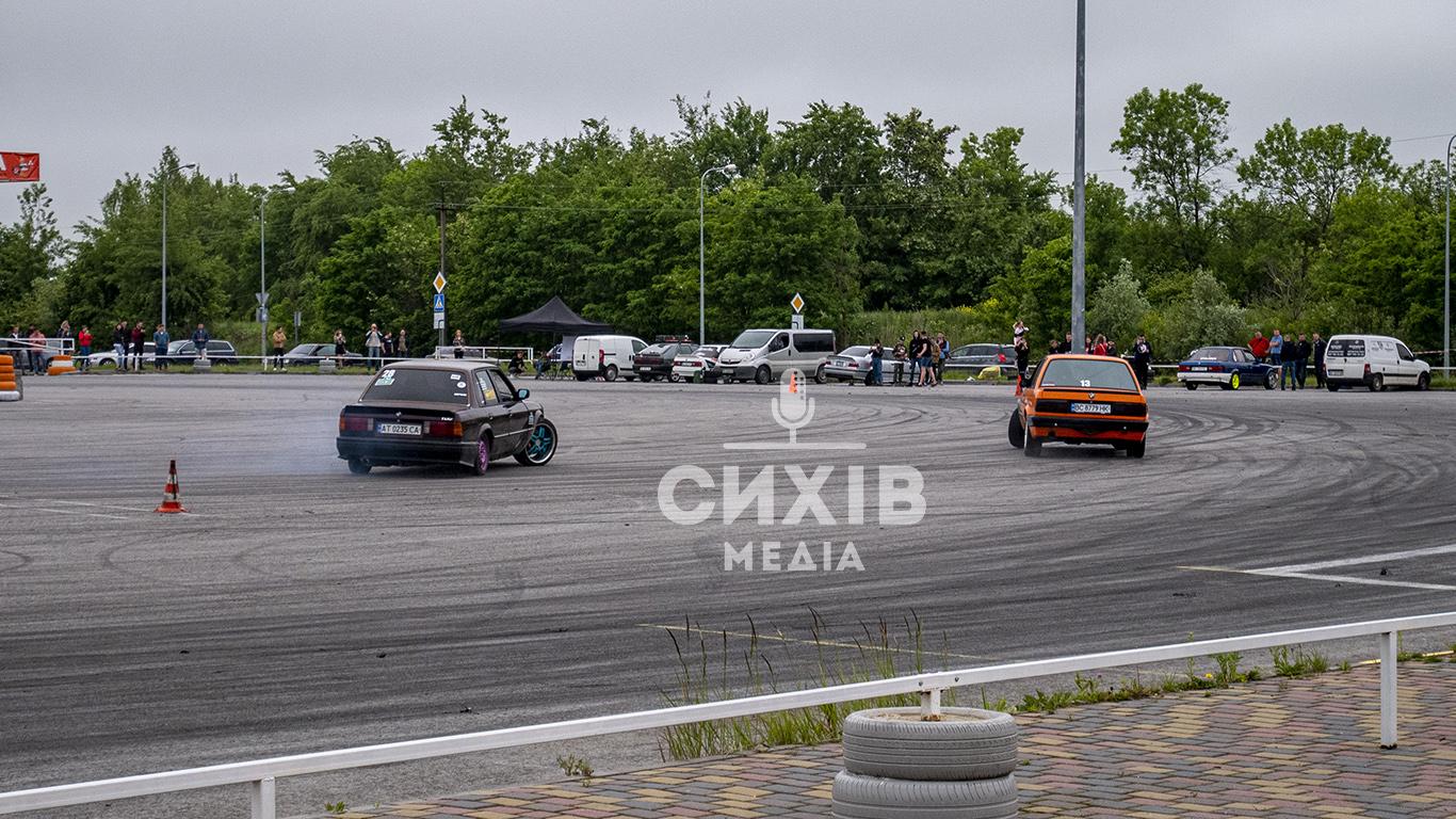 14 червня біля Арени Львів автолюбителі організували черговий Drift training