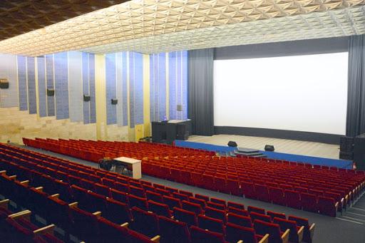 Кінотеатри та музеї Львова відновлюють роботу
