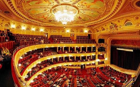 Львівська опера після тривалої перерви готова до прийому відвідувачів