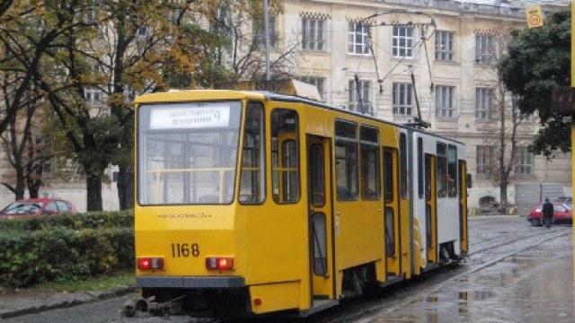 """Сихівський трамвай мав курсувати через вул. Лінкольна, але поїде до ТЦ """"Спартак"""""""