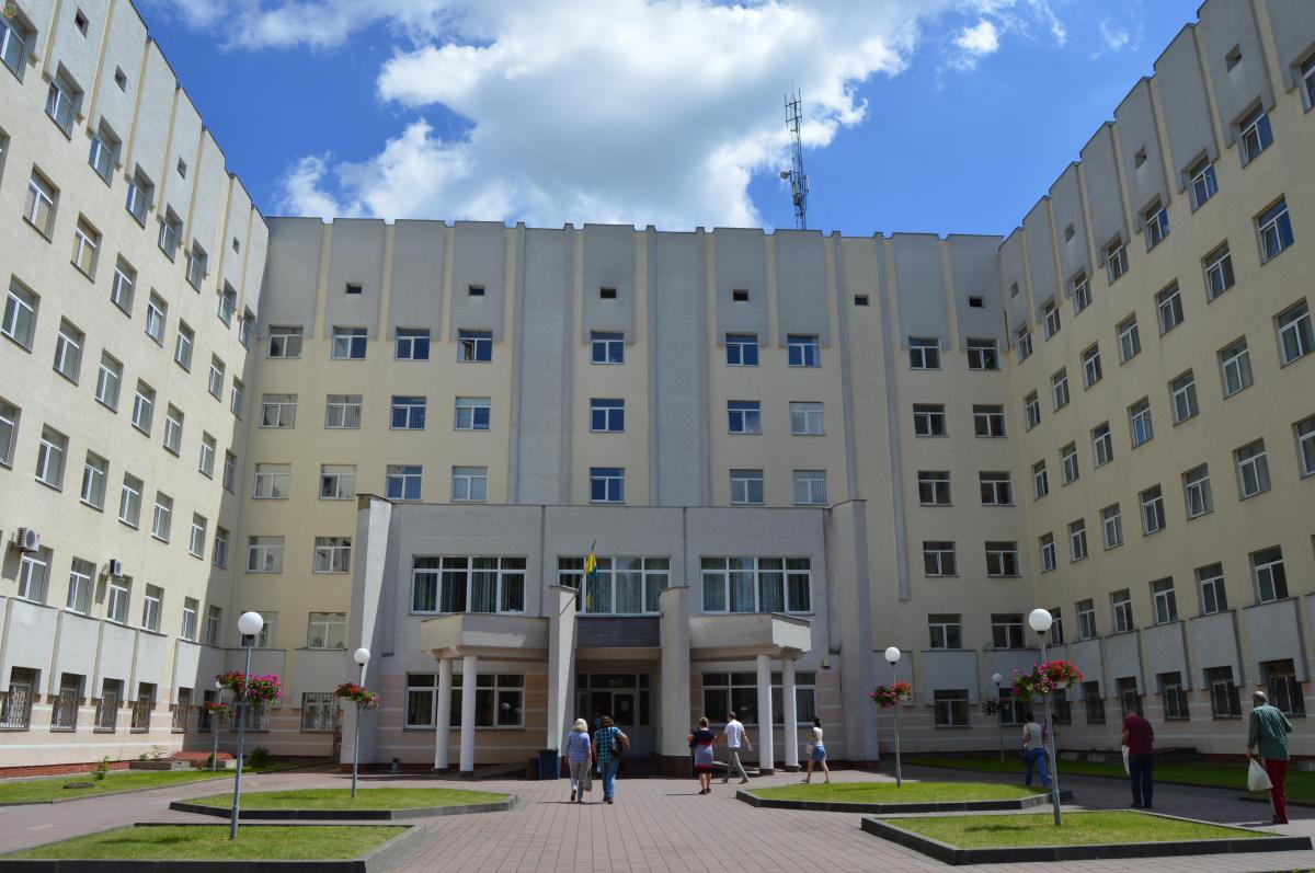 В сихівському онкоцентрі прооперували пацієнта з рідкісною пухлиною