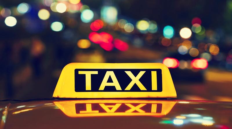 14-річна дівчина постраждала від водія одного з сервісів таксі