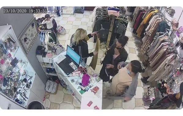 """Три жінки обікрали сейф крамниці одягу в ТЦ """"King Cross Leopolis"""""""