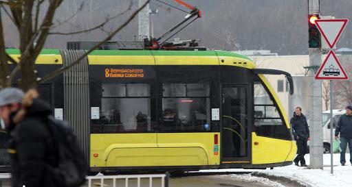 В сихівських трамваях уже лунають колядки