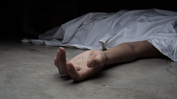 В одному з сихівських під'їздів виявили тіло жінки
