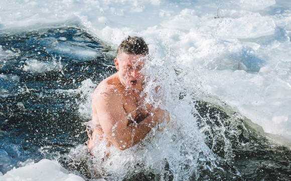 ЛМР закликає не купатися на Водохреща