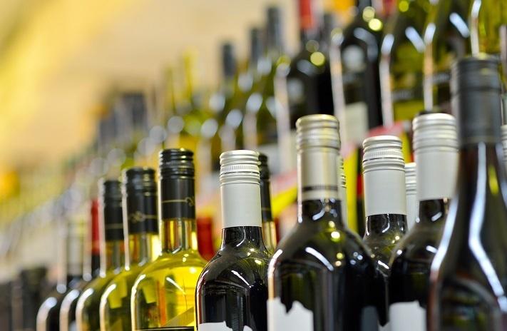 У Львові пропонують заборонити продаж алкоголю в місті